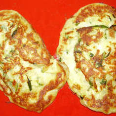 Zucchini-Haloumi-Eierkuchen