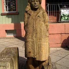 Skulptur in Naumburg am Bahnhof