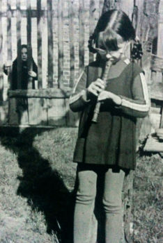 Christiane mit Flöte